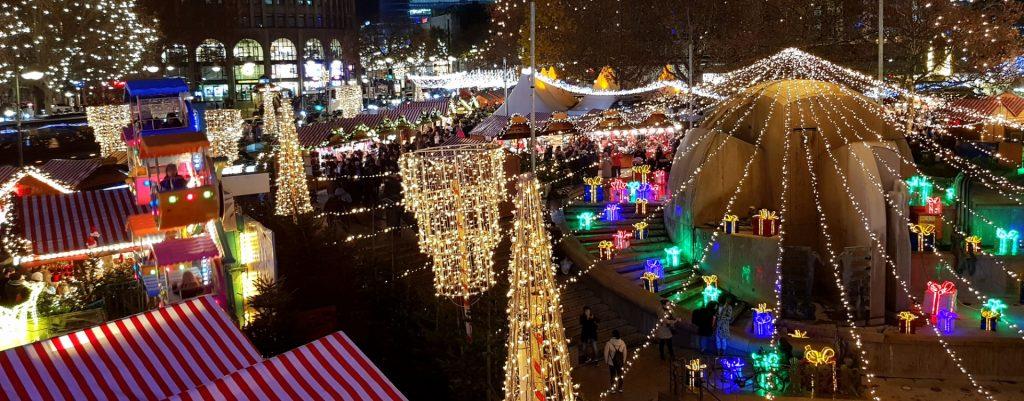 Weihnachtsmarkt: Daniel Erdmann und sein Team wünschen Ihnen ein gesegnetes Weihnachtsfest.