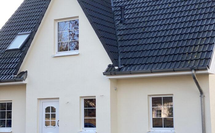 Einfamilienhaus in Brieselang mit Einliegerwohnung
